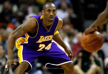 CHARLOTTE, NC - MARCH 31:  Kobe Bryant #24 of the Los Angeles Lakers prepares to play defense against the Charlotte Bobcats during their game at Time Warner Cable Arena on March 31, 2009 in Charlotte, North Carolina.  NOTE TO USER: User expressly acknowle