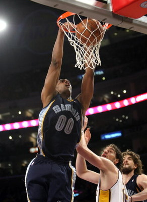 LOS ANGELES - MARCH 3:  Darrell Arthur #00 of the Memphis Grizzlies dunks over Pau Gasol #16 of the Los Angeles Lakers at Staples Center March 3, 2009 in Los Angeles, California.  The Lakers won 99-89.  NOTE TO USER: User expressly acknowledges and agrees