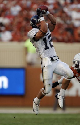 AUSTIN, TX - SEPTEMBER 20:  James Casey #12 of the Rice Owls catches a pass during the game against the Texas Longhorns on September 20, 2008 at Darrell K Royal-Texas Memorial Stadium in Austin, Texas. Texas won 52-10. (Photo by Brian Bahr/Getty Images)