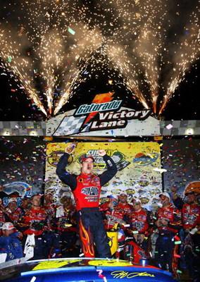 AVONDALE, AZ - APRIL 21:  Jeff Gordon, driver of the #24 DuPont Chevrolet, celebrates in victory lane after winning the NASCAR Nextel Cup Series Subway Fresh Fit 500 at Phoenix International Raceway on April 21, 2007 in Avondale, Arizona.  (Photo by Rusty