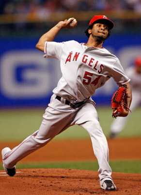 ST. PETERSBURG, FL - AUGUST 19:  Starting pitcher Ervin Santana #54 of the Los Angeles Angels pitches against the Tampa Bay Rays during the game on August 19, 2008 at Tropicana Field in St. Petersburg, Florida.  (Photo by J. Meric/Getty Images)