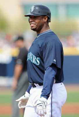 PEORIA, AZ - MARCH 08:  Ken Griffey Jr. #24 of the Seattle Mariners looks on from first base during a Spring Training game against the Arizona Diamondbacks at Peoria Stadium on March 8, 2009 in Peoria, Arizona.  (Photo by Lisa Blumenfeld/Getty Images)