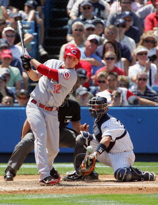 NEW YORK - JUNE 21: Jay Bruce #32 of the Cincinnati Reds bats against the New York Yankees on June 21, 2008 at Yankee Stadium in the Bronx borough of New York City. The Reds won the game 6-0.(Photo by Jim McIsaac/Getty Images)