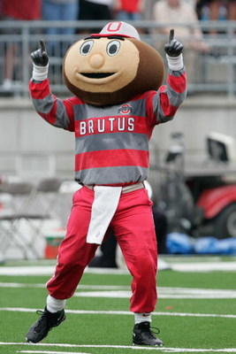 COLUMBUS, OH - SEPTEMBER 8:  The Ohio State Buckeyes mascot Brutus Buckeye cheers during the game against the Akron Zips at Ohio Stadium on September 8, 2007 in Columbus, Ohio. Ohio State won 20-2. (Photo by David Maxwell/Getty Images)