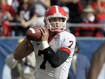 ORLANDO, FL - JANUARY 1: Quarterback Matthew Stafford #7 of the University of Georgia sets to pass against the Michigan State Spartans at the 2009 Capital One Bowl at the Citrus Bowl on January 1, 2009 in Orlando, Florida.  (Photo by Al Messerschmidt/Gett