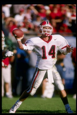 1 Nov 1997:  Quarterback Mike Bobo of the Georgia Bulldogs prepares to pass the ball during a game against the Florida Gators in Jacksonville, Florida.  Georgia won the game 37-17. Mandatory Credit: Scott Halleran  /Allsport