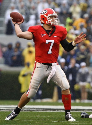 ATHENS, GA - NOVEMBER 29:  Quarterback Matthew Stafford #7 of the Georgia Bulldogs threw for 407 yards and 5 touchdowns during the game against the Georgia Tech Yellow Jackets at Sanford Stadium on November 29, 2008 in Athens, Georgia.  The Yellow Jackets
