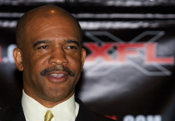 387169 04: Drew Pearson, General Manager of the New York/New Jersey Hitmen and a former player of the Dallas Cowboys, speaks during a news conference March 27, 2001 in Washington, DC. Members of the newly formed XFL expansion committee are in town for a v