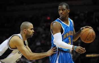 SAN ANTONIO - JANUARY 31:  Guard Chris Paul #3 of the New Orleans Hornets during play against Tony Parker #9 of the San Antonio Spurs on January 31, 2009 at AT&T Center in San Antonio, Texas.  NOTE TO USER: User expressly acknowledges and agrees that, by