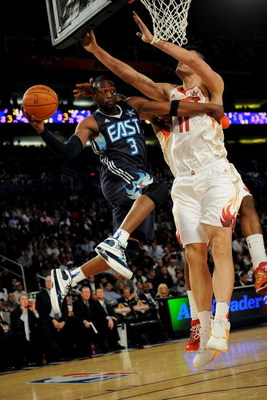 PHOENIX - FEBRUARY 15:  Dwyane Wade #3 of the Eastern Conference looks for an open pass around Yao Ming #11 of the Western Conference during the 58th NBA All-Star Game, part of 2009 NBA All-Star Weekend at US Airways Center on February 15, 2009 in Phoenix