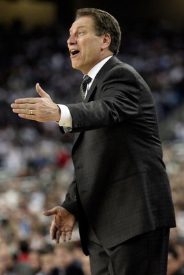 DETROIT - APRIL 06:  Head coach Tom Izzo of the Michigan State Spartans reacts as he coaches against the North Carolina Tar Heels during the 2009 NCAA Division I Men's Basketball National Championship game at Ford Field on April 6, 2009 in Detroit, Michig