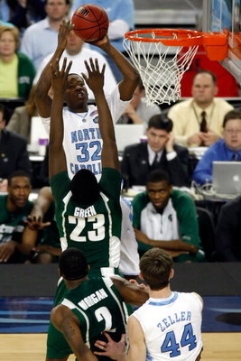 DETROIT - APRIL 06:  Ed Davis #32 of the North Carolina Tar Heels shoots the ball over Draymond Green #23 of the Michigan State Spartans in the first half during the 2009 NCAA Division I Men's Basketball National Championship game at Ford Field on April 6