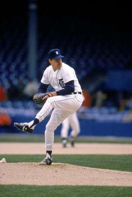 DETROIT - 1989:  Jack Morris #47 of the Detroit Tigers winds up for a pitch during a game in 1989 at Tiger Stadium in Detroit, Michigan.  (Photo by Rick Stewart/Getty Images)