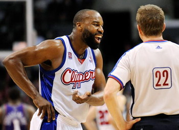 LOS ANGELES, CA - FEBRUARY 18:  Baron Davis #1 of the Los Angeles Clippers argues with referee Bill Spooner #22 after Clippers Ricky davis was ejected from the game  against Phoenix Suns at the Staples Center on February 18, 2009 in Los Angeles, Californi