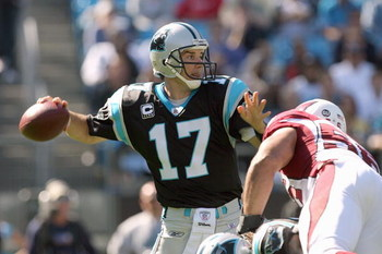 CHARLOTTE - OCTOBER 26:  Quarterback Jake Delhomme #17 of the Carolina Panthers passes the ball during the game against of the Arizona Cardinals at Bank of America Stadium on October 26, 2008 in Charlotte, North Carolina. (Photo by: Streeter Lecka/Getty I