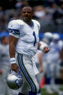 15 Nov 1998:  Quarterback Warren Moon #1 of the Seattle Seahawks looks on during the game against the Oakland Raiders at the Oakland Coliseum in Oakland, California. The Raiders defeated the Seahawks 20-17. Mandatory Credit: Otto Greule  /Allsport