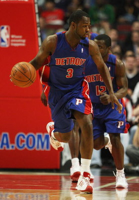 CHICAGO - MARCH 24: Rodney Stuckey #3 of the Detroit Pistons brings the ball upcourt against the Chicago Bulls on March 24, 2009 at the United Center in Chicago, Illinois. The Bulls defeated the Pistons 99-91. NOTE TO USER: User expressly acknowledges and