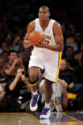LOS ANGELES, CA - APRIL 19:  Andrew Bynum #17 of the Los Angeles Lakers looks to pass the ball while taking on the Utah Jazz in Game One of the Western Conference Quarterfinals during the 2009 NBA Playoffs at Staples Center on April 19, 2009 in Los Angele