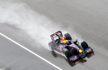 SHANGHAI, CHINA - APRIL 19:  Mark Webber of Australia and Red Bull Racing drives during the Chinese Formula One Grand Prix at the Shanghai International Circuit on April 19, 2009 in Shanghai, China.  (Photo by Clive Mason/Getty Images)