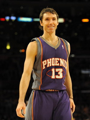 LOS ANGELES, CA - DECEMBER 10:  Steve Nash #13 of the Phoenix Suns smiles against the Los Angeles Lakers during the first half at the Staples Center on December, 10 2008 in Los Angeles, California.   NOTE TO USER: User expressly acknowledges and agrees th