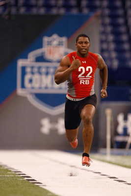 INDIANAPOLIS, IN - FEBRUARY 22:  Running back Knowshon Moreno of Georgia runs the 40 yard dash during the NFL Scouting Combine presented by Under Armour at Lucas Oil Stadium on February 22, 2009 in Indianapolis, Indiana. (Photo by Scott Boehm/Getty Images