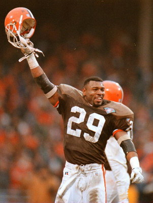 1 JAN 1995:  CLEVELAND BROWN SAFETY ERIC TURNER CELEBRATES FOLLOWING THE BROWNS STOPPING OF NEW ENGLAND''S LAST ATTEMPT TO SCORE LATE IN THE FOURTH QUARTER DURING CLEVELAND''S 20-13 AFC WILD CARD VICTORY OVER THE PATRIOTS IN CLEVELAND.  Mandatory Credit: 