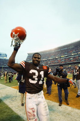 CLEVELAND - DECEMBER 29:  Running back William Green #31 of the Cleveland Browns raises his helmet to celebrate the defeat of the Atlanta Falcons in the NFL game at Cleveland Browns Stadium on December 29, 2002 in Cleveland, Ohio.  The Browns defeated the
