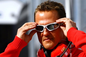JEREZ DE LA FRONTERA, SPAIN - MARCH 03:  Michael Schumacher of Germany and team Ferrari visits Formula 1 testing on March 3, 2009 in Jerez de la Frontera, Spain.  (Photo by Andy Hone/Getty Images)
