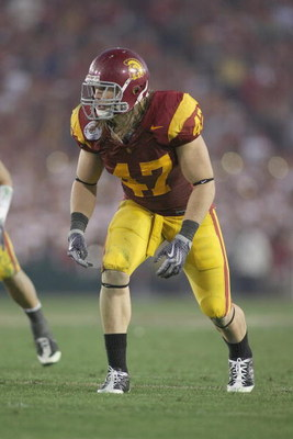 PASADENA, CA - JANUARY 1:  Clay Matthews #47 of the USC Trojans lines up against the Penn State Nittany Lions on January 1, 2009 at the Rose Bowl in Pasadena, California.  USC won 38-24.  (Photo by Jeff Golden/Getty Images)