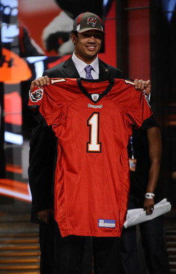NEW YORK - APRIL 25:  Tampa Bay Buccaneers #17 draft pick Josh Freeman poses for photographers at Radio City Music Hall for the 2009 NFL Draft on April 25, 2009 in New York City  (Photo by Jeff Zelevansky/Getty Images)