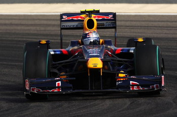 SAKHIR, BAHRAIN - APRIL 26:  Sebastian Vettel of Germany and Red Bull Racing drives on his way to finishing second during the Bahrain Formula One Grand Prix at the Bahrain International Circuit on April 26, 2009 in Sakhir, Bahrain.  (Photo by Clive Mason/