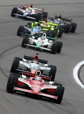 KANSAS CITY, KS - APRIL 26:  Scott Dixon drives his #9 Target Chip Ganassi Racing Dallara Honda ahead of a pack during for the IRL IndyCar Series Road Runner Turbo Indy 300 on April 26, 2009 at Kansas Speedway in Kansas City, Kansas.  (Photo by Jonathan F