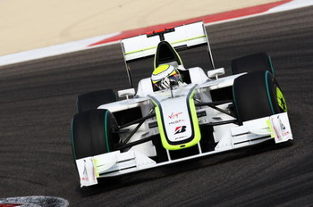 SAKHIR, BAHRAIN - APRIL 26:  Jenson Button of Great Britain and Brawn GP drives on his way to winning the Bahrain Formula One Grand Prix at the Bahrain International Circuit on April 26, 2009 in Sakhir, Bahrain.  (Photo by Clive Mason/Getty Images)
