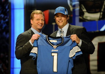 NEW YORK - APRIL 25:  NFL Commissioner Roger Goodell stands with Detroit Lions #1 draft pick Matthew Stafford at  Radio City Music Hall for the 2009 NFL Draft on April 25, 2009 in New York City  (Photo by Jeff Zelevansky/Getty Images)