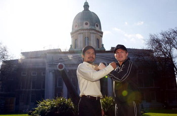 LONDON - MARCH 02:  Ricky Hatton (R) and Manny Pacquiao pose outside the Imperial War Museum on March 2, 2009 in London, England. Ricky Hatton will fight Manny Pacquiao on Saturday May 2, 2009 at the MGM Grand Garden Arena in Las Vegas.  (Photo by Julian