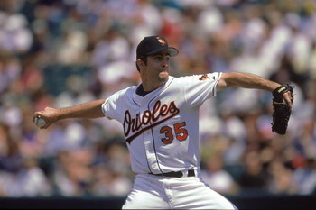 2 Jul 2000:  Starting pitcher Mike Mussina #35 of the Baltimore Orioles winds back to pitch against the Toronto Blue Jays at Camden Yards in Baltimore, Maryland.  The Orioles defeated the Blue Jays 3-2.Mandatory Credit: Greg Fiume/Allsport