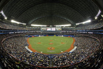 TORONTO - APRIL 6:  A general view of Rogers Centre as the Toronto Blue Jays face the Detroit Tigers during their MLB game at the Rogers Centre April 6, 2009 in Toronto, Ontario.(Photo By Dave Sandford/Getty Images)