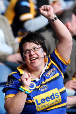 EDINBURGH, SCOTLAND - MAY 03:  A Leeds fan cheers on her team during the Super League Magic Weekend match between Catalans Dragons and Leed Rhinos at Murrayfield Stadium on May 3, 2009 in Edinburgh, Scotland.  (Photo by Hamish Blair/Getty Images)