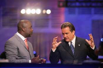 NEW YORK - APRIL 28:  Marshall Faulk and Steve Mariucci broadcast for the NFL Network during the 2007 NFL Draft on April 28, 2007 at Radio City Music Hall in New York, New York. (Photo by Chris McGrath/Getty Images)