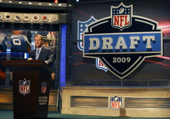 NEW YORK - APRIL 25:  NFL Commissioner Roger Goodell introduces Detroit Lions #1 draft pick Matthew Stafford at Radio City Music Hall for the 2009 NFL Draft on April 25, 2009 in New York City  (Photo by Jeff Zelevansky/Getty Images)