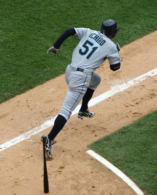 CHICAGO - APRIL 29: Ichiro Suzuki #51 of the Seattle Mariners runs to first base after hitting a single against the Chicago White Sox on April 29, 2009 at U.S. Cellular Field in Chicago, Illinois. The White Sox defeated the Mariners 6-3. (Photo by Jonatha