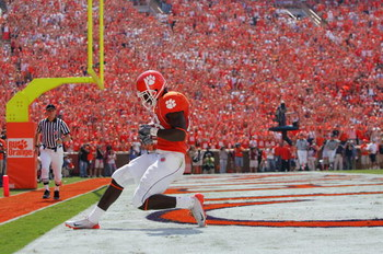 CLEMSON, SC - SEPTEMBER 23:  C.J. Spiller #28 of the Clemson Tigers runs into the endzone as the Clemson Tigers host visiting University of North Carolina Tar Heels during their game on September 23, 2006 at Memorial Stadium in Clemson, South Carolina.  (