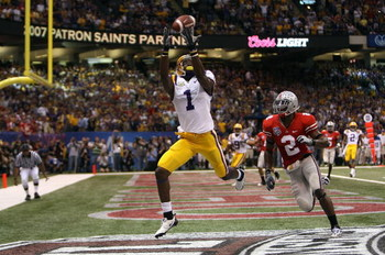 NEW ORLEANS - JANUARY 07:  Brandon LaFell #1 of the Louisiana State University Tigers hauls in a 10-yard touchdown pass in front of Malcolm Jenkins #2 of the Ohio State Buckeyes during the second quarter of the AllState BCS National Championship on Januar