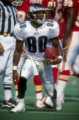 27 Sep 1998:  Wide receiver Irving Fryar #80 of the Philadelphia Eagles in action during the game against the Kansas City Chiefs at Vetereans Stadium in Philadelphia, Pennsylvania. The Chiefs defeated the Eagles 24-21. Mandatory Credit: Ezra O. Shaw  /All