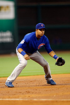 HOUSTON - APRIL 06:  Aramis Ramirez #16 of the Chicago Cubs fields against the Houston Astros during the Opening Day game on April 6, 2009 at Minute Maid Park in Houston, Texas.  (Photo by Chris Graythen/Getty Images)