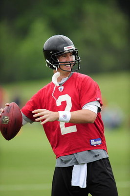 FLOWERY BRANCH, GA - MAY 9: Quarterback Matt Ryan #2 of the Atlanta Falcons attempts a pass during minicamp at the Falcons Complex on May 9, 2009 in Flowery Branch, Georgia.  (Photo by Paul Abell/Getty Images)