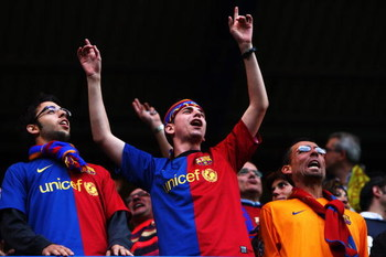 LONDON, ENGLAND - MAY 06:  Barcelona fans show their colours during the UEFA Champions League Semi Final Second Leg match between Chelsea and Barcelona at Stamford Bridge on May 6, 2009 in London, England.  (Photo by Jamie McDonald/Getty Images)