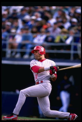 7 Apr 1998:  Barry Larkin of the Cincinnati Reds in action during the San Diego Padres 3-2 victory over the Cincinnati Reds at Qualcomm Stadium in San Diego, California. Mandatory Credit: Tom Hauck  /Allsport