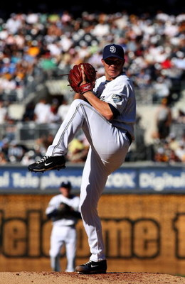 SAN DIEGO - APRIL 06:  Pitcher Jake Peavy #44 of the San Diego Padres throws a pitch against the Los Angeles Dodgers on April 6, 2009 at Petco Park in San Diego, California.  The Dodgers won 4-1.  (Photo by Stephen Dunn/Getty Images)