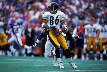 10 Oct 1999:  Hines Ward #86 of the Pittsburgh Steelers in action during the game against the Buffalo Bills at the Ralph Wilson Stadium in Orchard Park, New York. The Bills defeated the Steelers 24-21. Mandatory Credit: Rick Stewart  /Allsport